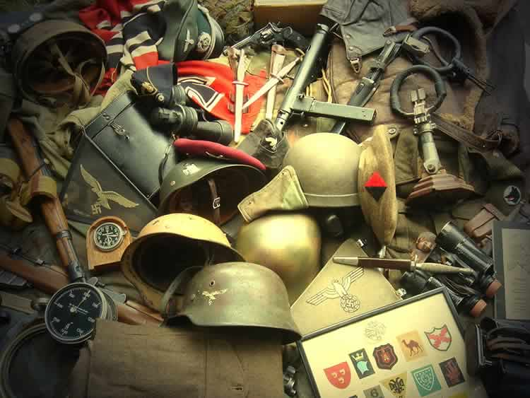 Maine Militaria Collectables Bought and Sold