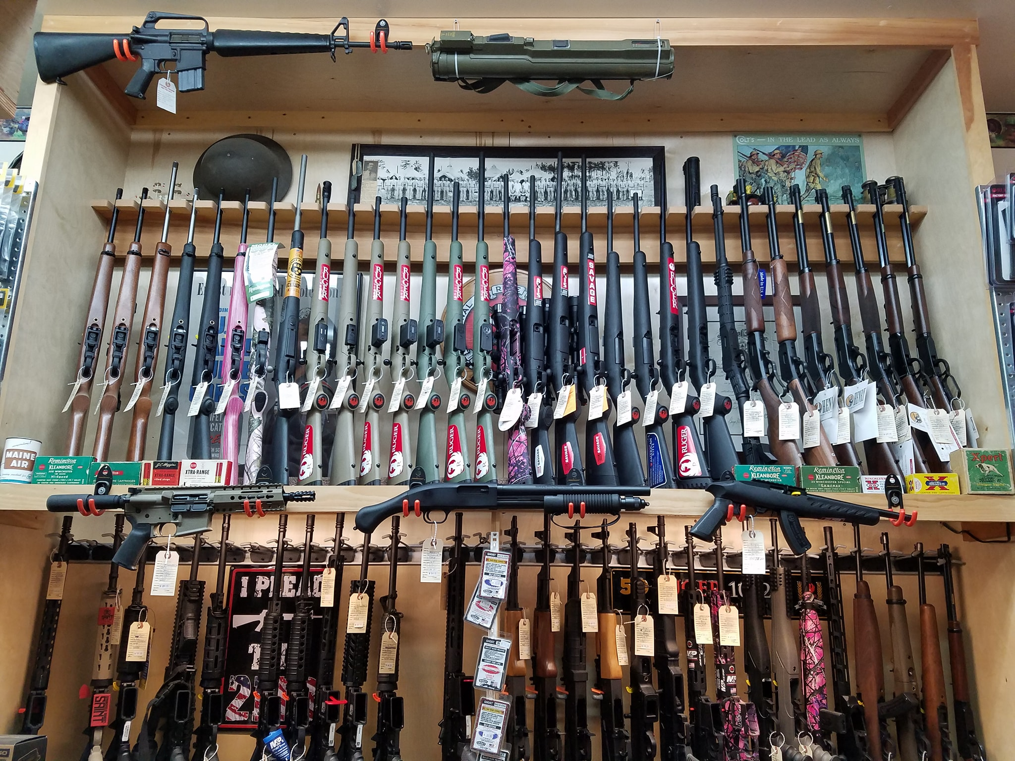Maine Gun Dealer Firearm Rack